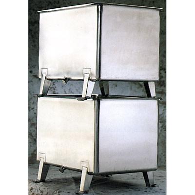 Stapelbehälter 2x 825 Liter